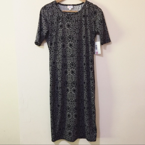 LuLaRoe Dresses & Skirts - NWT LuLaRoe small Julia dress